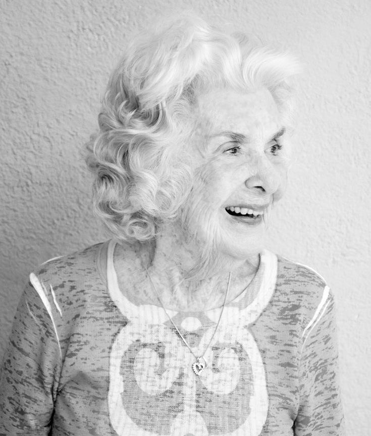 Phyllis Chillingworth Garrett